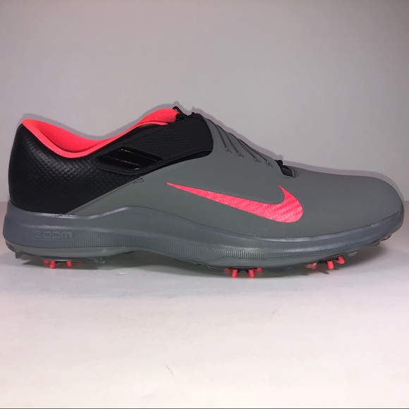 b04e52be665 Nike TW 17 Tiger Woods Gray   Solar Red Golf Cleat